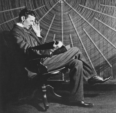 Tesla jóslatai a nemek közötti egyenlőségről és a női emancipációról - Amikor a nők fogják átvenni a vezetést